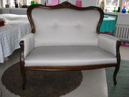 Kaunis sohva